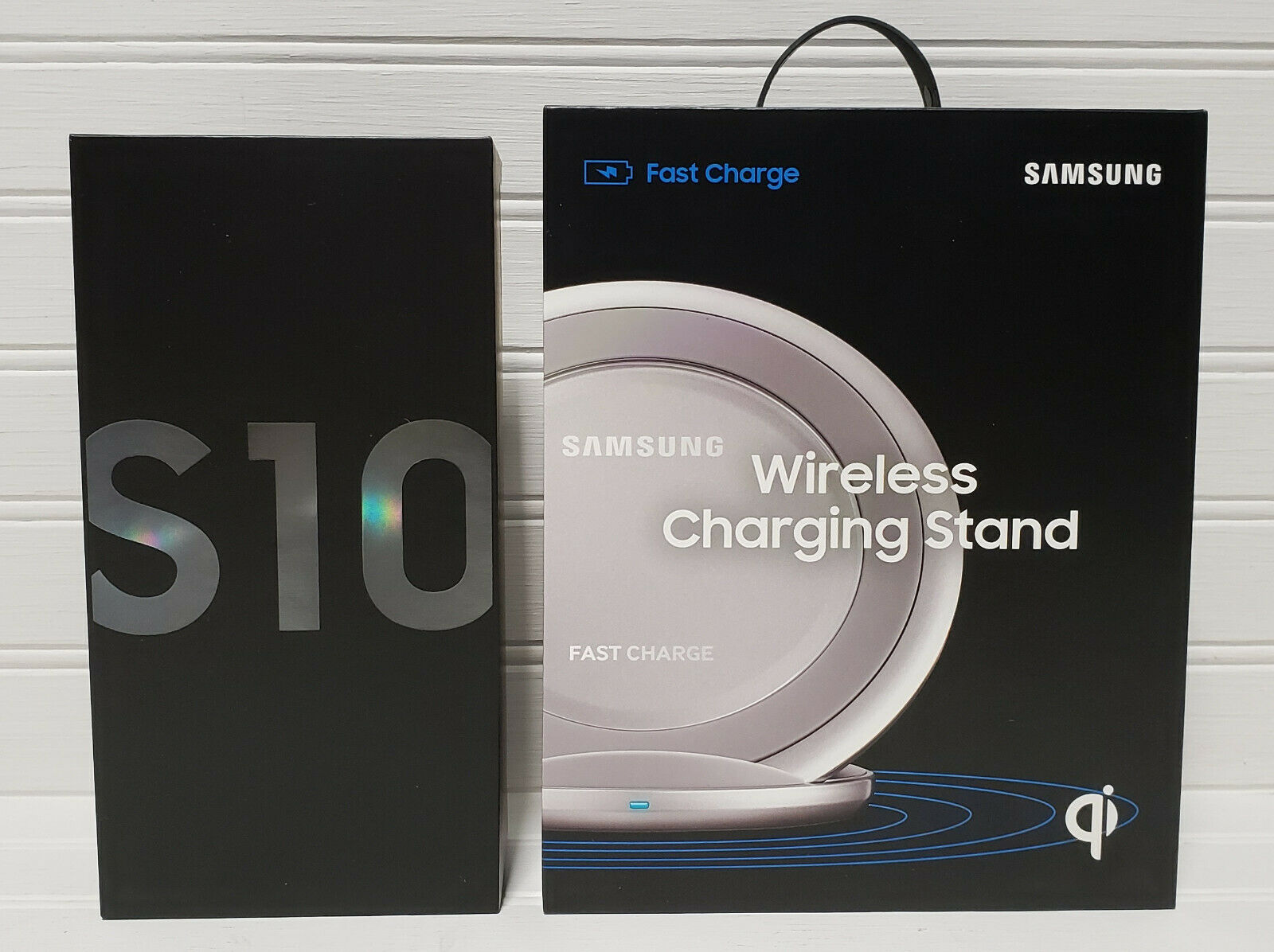 Samsung Galaxy S10 128GB + Wireless Charging